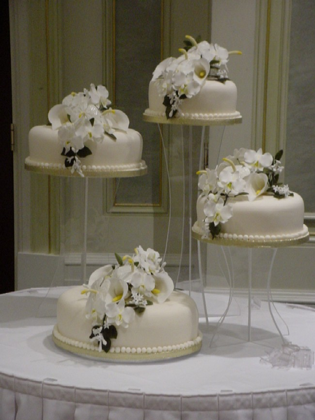 Decorate My Wedding Cake