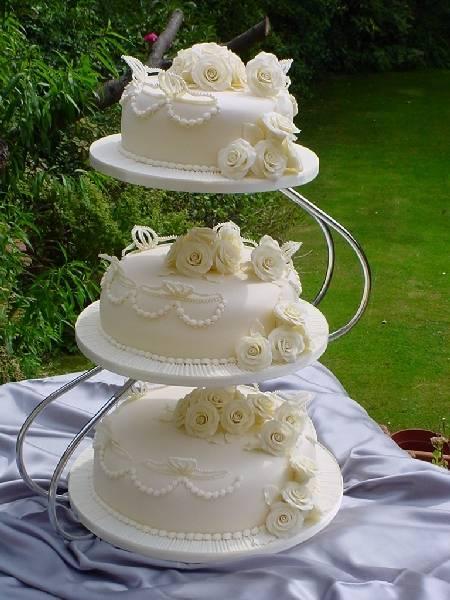 Gallery Threewedding Cakes By Franziska